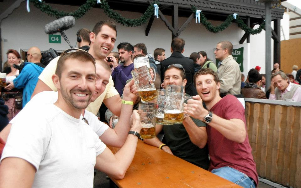 2013-oktoberfest-beer-garden