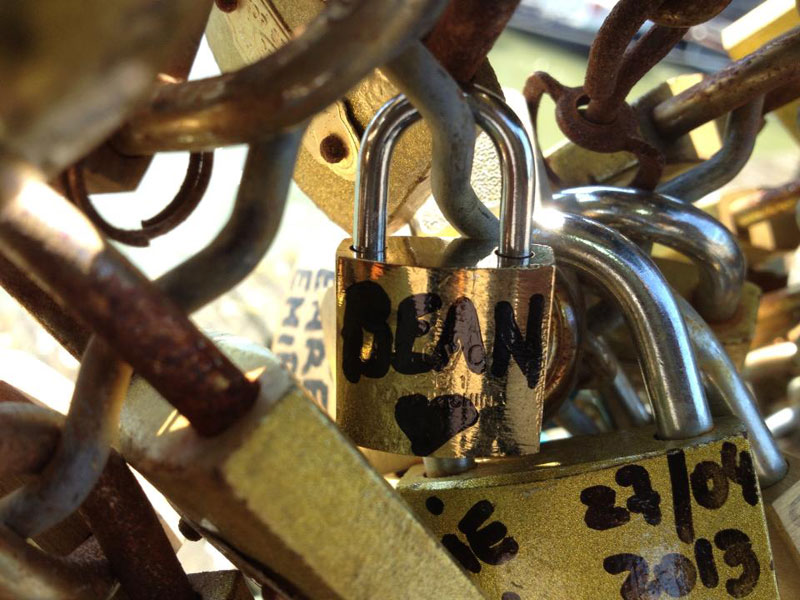 paris-love-lock-bridge